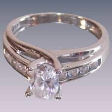 14 Karet White Gold 5MM Oval CZ with Channel Set Shoulders Ring