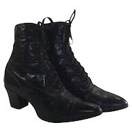 Edwardian Ladies Lace up Black Boots