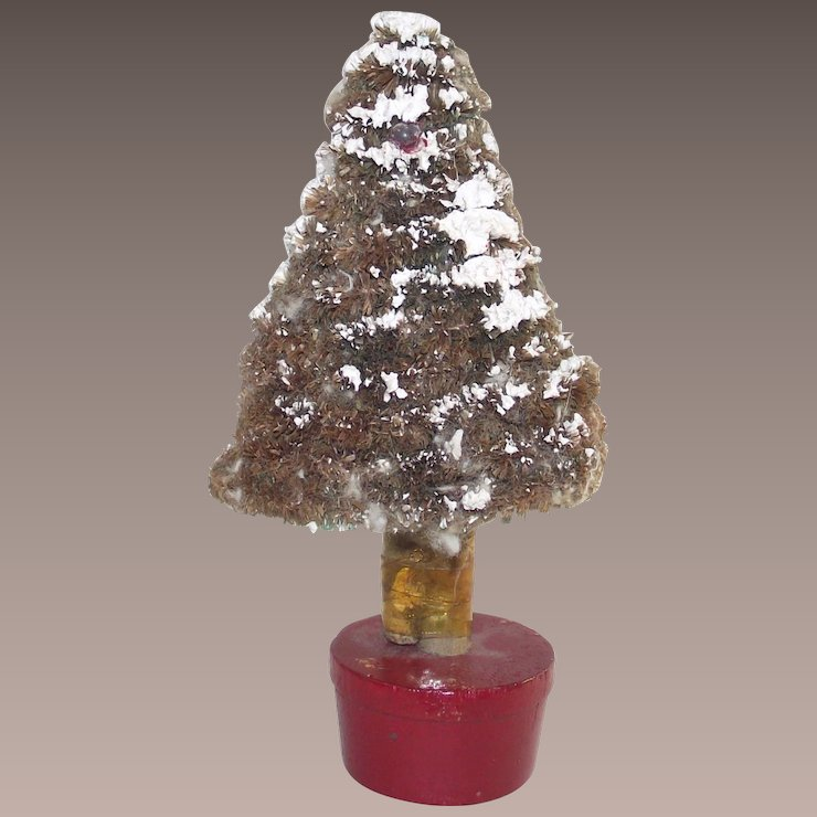 vintage pipe cleaner and paper mache christmas tree - Pipe Cleaner Christmas Tree