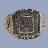 Ten Kt Gold Signet Ring  1927