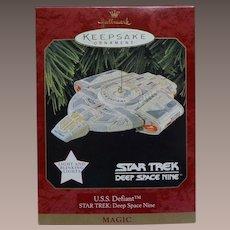Hallmark Star Trek Deep Space Nine DS9 USS Defiant 1997