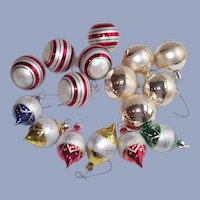 Vintage 1980s 16 Piece Small Glass Ornament Collection