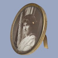 Small Edwardian Era Oval Table Top Picture Frame