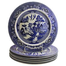 Buffalo Pottery Blue Willow Dinner Plates Six Piece  all 1911