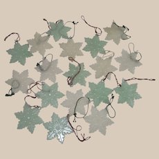 Vintage Glow in The Dark Christmas Snowflakes  Eighteen Pieces