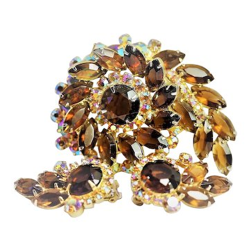 Vintage Juliana D & E Rhinestone Brooch and Matching Earrings - Super Nice!!