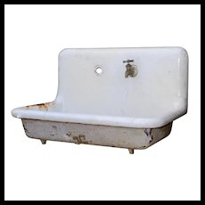 Reclaimed Antique Farmhouse Sink, Early 1900s