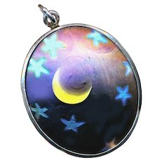 Pendant--Vintage 1970s Hand Crafted Lundberg Art Glass Crescent Moon & Stars in Silver