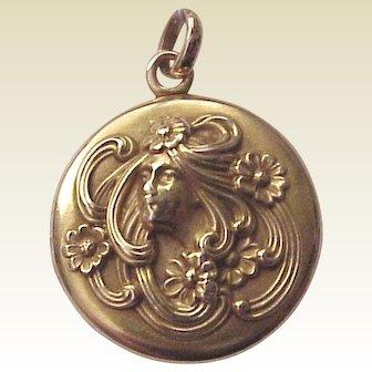 14Kt. Gold Art Nouveau Locket for Two photos - Circa 1905