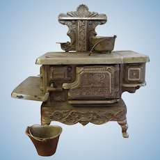 Beautiful PRIZE Stove in Silver Tone