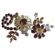 Gorgeous Shimmering Floral Design Brooch