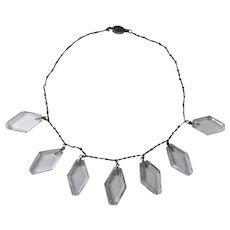 Wonderful Diamond Shaped Glass Dangle Necklace