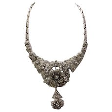 TRIFARI Early Rare Large Vintage Rhinestones Trembler Necklace