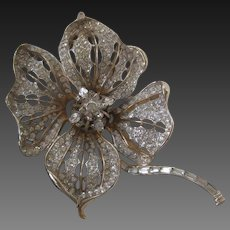 Stunning Large High Quality Designer Flower Pin Brooch