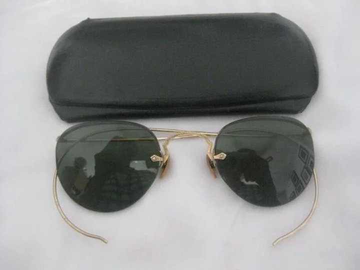 3be7f38b388 Small Antique Wire Rimless Sunglasses Etched Gold With Green Lenses  Excellent