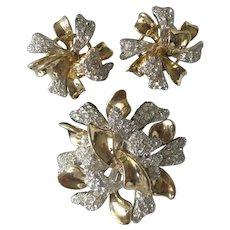 CINER Large 3D Goldtone & Rhinestones Floral Pin & Earrings Demi Parure Set