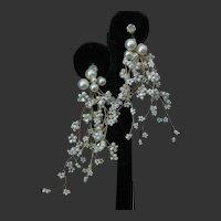 Beautiful Dangling Clustered Pearls Flowers & Rhinestones Earrings