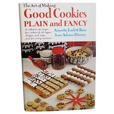 "Vintage Cookbook - ""Good Cookies Plain and Fancy"""