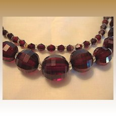 Vintage Cherry Amber Bakelite Faceted Graduated Bead Necklace