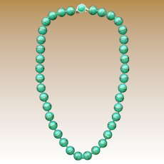 Scarce Vintage Signed Trifari Early Plastic Bead Necklace