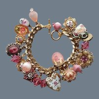 MOTHER'S DAY SPECIAL-One-Of-A-Kind Heart Theme Charm Bracelet