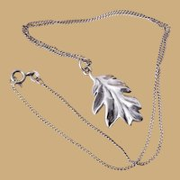 Vintage Signed Sterling Silver Leaf Pendant Necklace