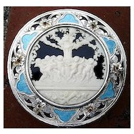Beautiful Vintage Italian 800 Silver Enameled Compact With Cherub Scene