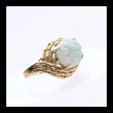 Lady's Vintage 14K Carved Jade Ring