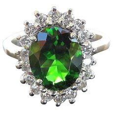 Magnificent Lady's Vintage 18K Chrome Diopside & Diamond Ring