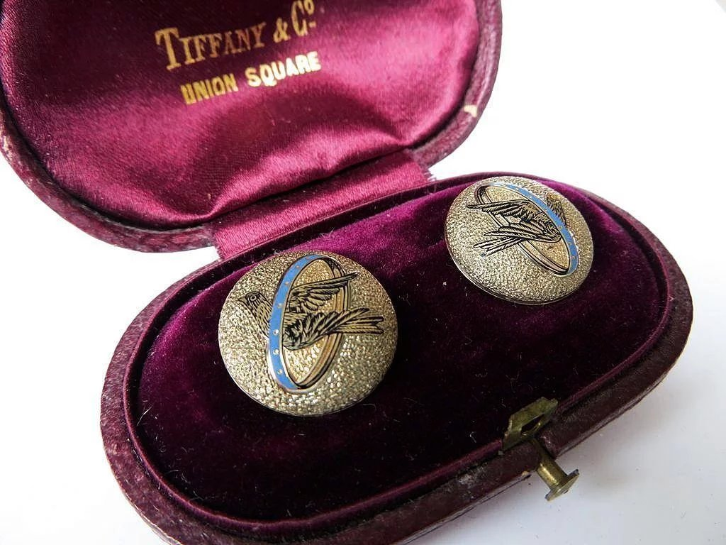 Rare Set Of Antique 14k Enameled Collar Buttons The