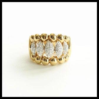 Lady's 14K Vintage Circa 1940's Diamond Ring