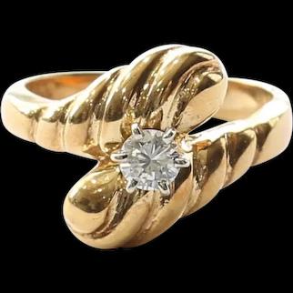 Lady's Vintage 18K Diamond Engagement Ring