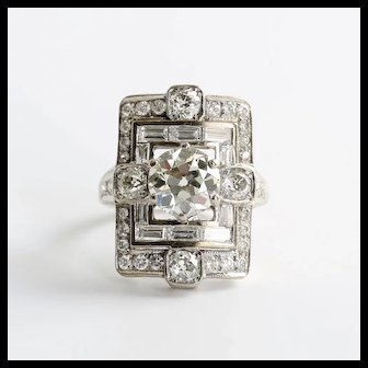 Magnificent Art Deco Lady's 18K Diamond Ring