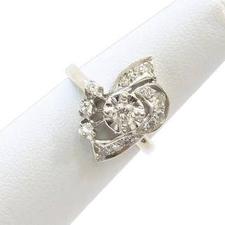 Lady's 14K Art Deco Diamond Ring