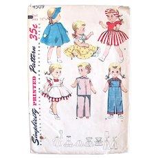 Simplicity Pattern 4509, Wardrobe for Saucy Walker Doll, Size 16-Inch