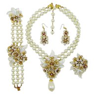 Vintage Hagler Fx Pearl Necklace Bracelet Brooch Earrings