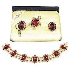 1949 Trifari Moghul Bracelet Brooch Earrings Tag Book
