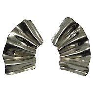Vintage 1980s Dauplaise Earrings Huge Silver Tone Ruffled Fans