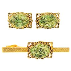 Vintage Jade Chip Gold Tone Cufflinks Tie Clip Set
