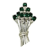 Vintage Retro Brooch Emerald Green Rhinestone Diamante Flower Spray