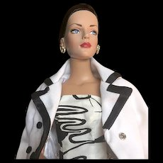 Crisp Black and White Tonner Trench Coat and More.