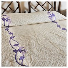 ELEANOR BEARD 1920s Applique Quilt - Purple/Lavender Trumpet Flowers
