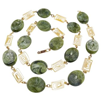 Signed HOBE Green Log Necklace Gold Tone Swirl Chain