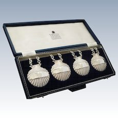 Set of 4 Silver Clam Shell Decanter Labels by Garrard & Co Ltd 1970