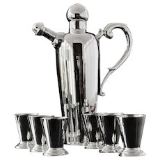 Attractive Silver Cocktail Shaker with 6 Silver Glasses, 20th Century