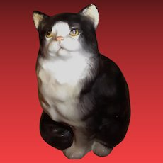Royal Doulton Porcelain Cat Figurine HN 999