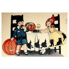 Delightful Halloween Postcard ~ Unused ~ Youngsters Enjoy Treats