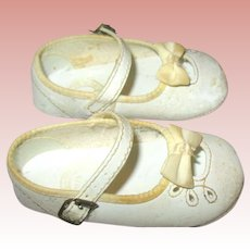 Vintage Large White Leather Doll Shoes ~ 4 1/2""