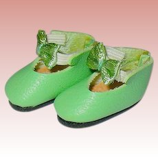 Adorable Lilliputian Size Green Doll Shoes ~ 7/8""