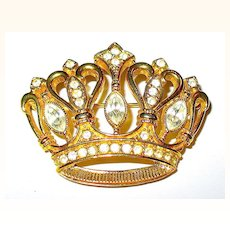 Beautiful KJL Rich Goldtone and Sparkling Clear Rhinestone Crown Brooch.